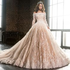 2017 Middel East Royal Boat Neck Princess Wedding Dress Full Sleeves Pink 3D Flowers Vestido Button Bride Gown Robe De Mariee-in Wedding Dresses from Weddings & Events on Aliexpress.com | Alibaba Group