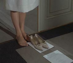 Audrey Hepburn - 'Paris When It Sizzles' Film Inspiration, The Bell Jar, The Secret History, Film Stills, Looks Cool, Audrey Hepburn, In This Moment, The Originals, Pretty