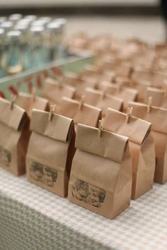 Love this brown paper bag wedding favor idea. favors diy 29 DIY Winter Wedding Favors for Guests to Cozy Up To Wedding Favors And Gifts, Affordable Wedding Favours, Homemade Wedding Favors, Winter Wedding Favors, Wedding Reception, Fall Wedding, Party Favors, Winter Weddings, Wedding Venues