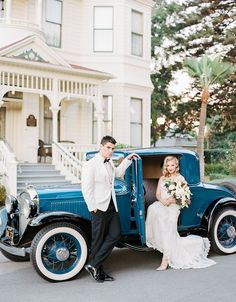 vintage classic car - photo by Steven Leyva Photography http://ruffledblog.com/this-wedding-inspiration-is-dripping-with-old-hollywood-glam