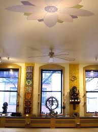 Yoga room Windows and paint Alter