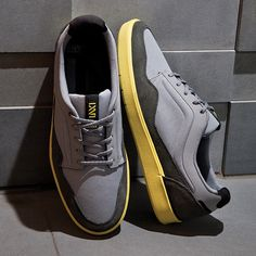 VANS LXVI INSCRIBE