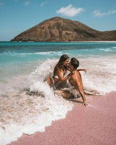 Couples Beach Photography, Photography Poses, Wedding Photography, Photo Couple, Couple Shoot, Beach Pictures, Couple Pictures, Couple Goals Cuddling, Couple Beach
