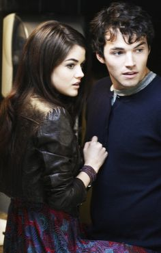Aria and Ezra - Pretty Little Liars