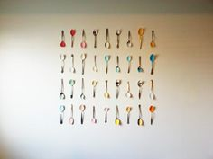 These spoons are everyone's favorite decor item in my whole house! And its easy to see why, its a simple, unique way to take up a good amount of space. Plus it is SO CHEAP and SO EASY! Materials Spoons (I got all of mine at the thrift store for about 5/$1) and ended up …