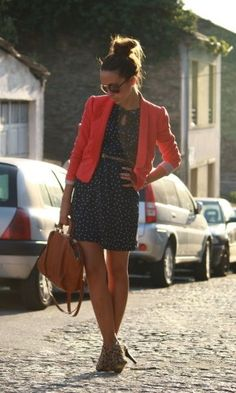 Blazer and leopard heels, just love this whole outfit!