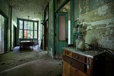 Ocean Vista Hospital - Abandoned America (photo by Matthew Christopher)