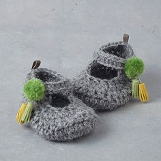 Oh so sweet, hand-crocheted baby booties