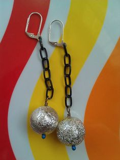 Vintage Lucite Shimmery Silver Beaded Chain Earrings ($22) by Avocado Eggroll