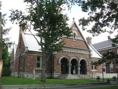 William OConnor Studios: Artist of the Month- H. H. Richardson,  The Norman William Public Library Woodstock, VT. 1884, Romanesque Revival