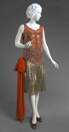 Woman's Evening Dress Yteb, Paris, 1922 - 1933. Worn by Mrs. George S. G. Cavendish.