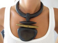 VINTAGE 80s GERDA LYNGGAARD FOR MONIES EARLY EBONY & BRASS RUNWAY NECKLACE