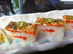 Miku Restaurant is an upscale Japanese restaurant on Hastings that specialized in aburi (or flame torched) sushi. Sushi Recipes, Asian Recipes, New Recipes, Cooking Recipes, Ethnic Recipes, Oshi Sushi, Vancouver Food, Sashimi, Fish And Seafood