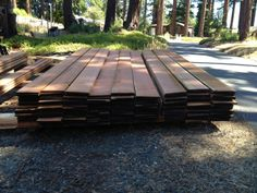 Quality Redwood Lumber at Wholesale price