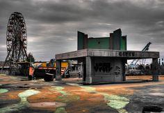 abandoned amusement park... beautiful photography