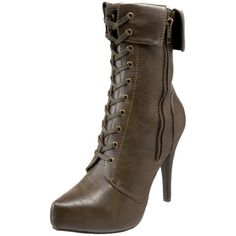 my favorite type of shoe is the boot :D