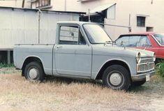 DAIHATSU ハイゼット Strange Cars, Kei Car, Light Truck, Miniature Cars, Panel Truck, Mini Trucks, Daihatsu, Commercial Vehicle, Car Shop