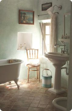 pedestal sink and claw foot tub