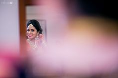 Professional indian wedding photography in India - Pradeep & Sushmita Indian Wedding Photography, Outdoor Photography, Wedding Stills, Telugu Wedding, Amazing Destinations, Chennai, Destination Wedding Photographer, Wedding Couples, Candid