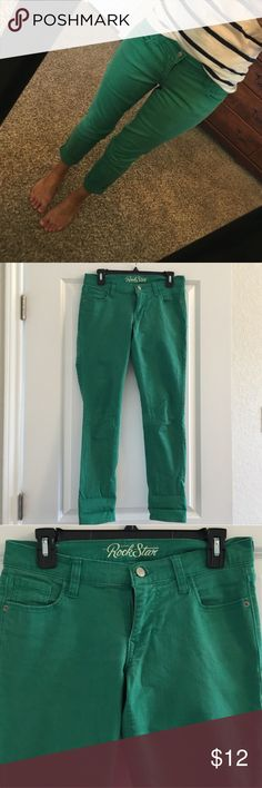 Old Navy Jeans Kelly green Old Navy Rockstar skinny jeans- just in time for the cold weather to roll in! Old Navy Jeans Skinny