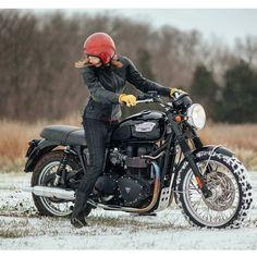 Real Motorcycle Women - caferacerkw (3)