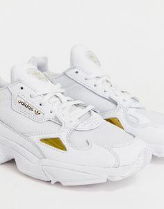 wholesale dealer 86836 c9c2a adidas Originals - Falcon - Baskets - Blanc et or. ChaussureLes Chaussures  À Plate FormeChaussures NikeBaskets NikeAdidas AuthentiquesAir ...