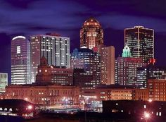 Downtown Des Moines  MY HOME! ...katersdd