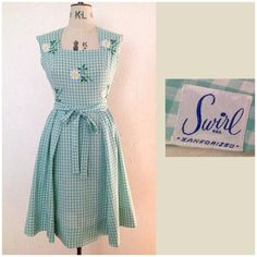 Vintage 50s SWIRL dress. Wrap dress. Green and white gingham with appliqué and embroidery daisys floral check plaid. on Etsy, £75.00