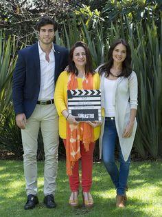 Esta mañana iniciaron las grabaciones de la telenovela Sin rastro, melodrama que marca el debut como productora de Silvia Cano, quien decide darle la oportunidad de protagonizar a Danilo Carrera, a lado de Adriana Louvier.