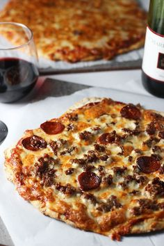 Copycat Imo's St.Louis Style Pizza with the EASIEST homemade crust ever -- no yeast, and no rising time!!!