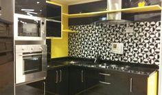 Decoração de cozinha preto e amarelo que encontrei na Leroy,  cozinha planejada por 7. 500