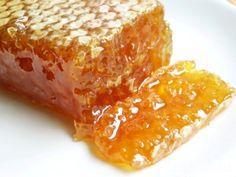 Мёд собран пчёлками с цветов белой акации и цветов липы, ещё жидкий. Есть также закристализовавшийся, но не менее вкусный и полезный гречишно -...