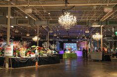 """The American Cancer Society's 18th annual Cowford Ball """"Viva Las Cowford,"""" vintage Vegas style!   Silent Auction"""