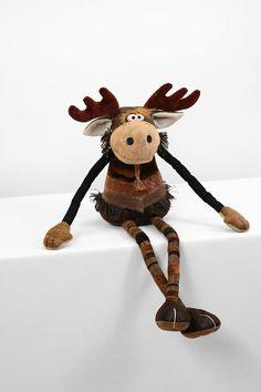 Bearded Moose 33 inch by manartas on Etsy Christmas Wood, Christmas Crafts, Moose Deer, Handmade Stuffed Animals, Cute Plush, Wood Creations, Reno, Plush Animals, Soft Dolls
