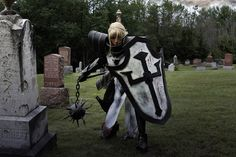This 'Diablo III' Female Crusader Cosplay Is Worth All The Swears
