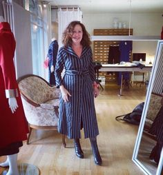 This dress from PAMB is on top of my wishlist.  @pamb_bern   #styleblogger   #styleatanyage   #styleover50   #shoplokal   #swissfashion   #swissdesign   #modebummel   #bernshooping