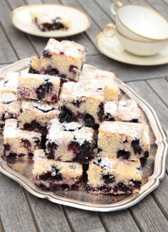 Cake Recipes, Dessert Recipes, Desserts, Blueberry Squares, Fika, Cookie Bars, Sweet Tooth, Bakery, Food And Drink