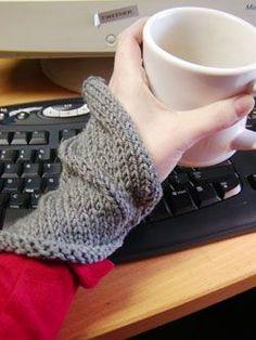 assymetrical wrist warmer. Making these with my possum yarn.