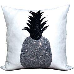 Gefunden bei Wayfair.de: Kissen Pineapple Glory