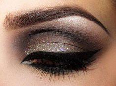 #girly #makeup #beauty #cosmetics #eyeliner #eyeshadow #eye #mascara