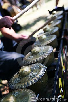 Musical instrument, a row of gongs played like a xylaphone. Gongs are , Bali, Philippines Culture, Filipino Culture, Mindanao, Musicals, Asian, Musical Instruments, Vignettes, Islands