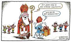 Zwarte Piet mag niet mee. Daarom heeft sinterklaas een smurf ingeschakeld. Sint:  Dit jaar heb ik een nieuwe hulpsint. Smurf: Wie wil er een verrassing?