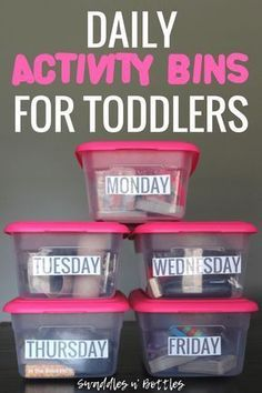 Daily Activity Bins for Toddlers - Little Learning Club Daily Busy Bins to keep toddlers occupied every day of the week. Includes activities that promote fine motor skills. Great for babies 1 year old and toddlers! Activities For 1 Year Olds, Toddler Learning Activities, Daily Activities, Infant Activities, Preschool Activities, Toddler Activity Bags, Indoor Activities For Toddlers, 1 Year Old Games, Learning For Toddlers