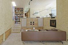 House Bøe Møller, Norway, by Knut Hjeltnes Arkitekter Interior And Exterior, Interior Design, Norway, Vw, Mid-century Modern, Mid Century, Interiors, Living Room, Space