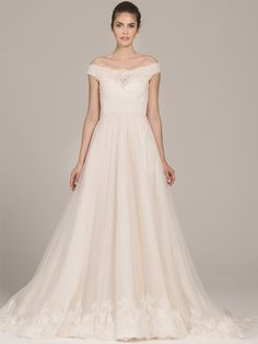 Kelly Faetanini wedding dresses 2018 Spring Collection is one of the trendiest bridal collections of the season. Bridal Gown Styles, Wedding Dress Styles, Designer Wedding Dresses, Wedding Gowns, Wedding Dress Necklines, Necklines For Dresses, Lace Ball Gowns, Wedding Dress Shopping, Colored Wedding Dresses