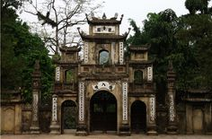 Perfume Temple is a vast complex of Buddhist temples and shrines built into the limestone Huong Tich mountains.