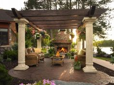 Columns and Beams Pergola