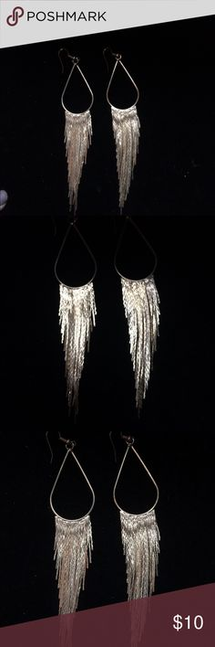Gold tone waterfall Earrings Very Beautiful Post earrings of Cascading Golden Treads size golden lines Jewelry Earrings