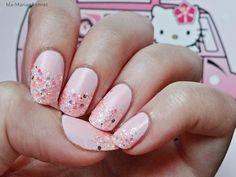 Ida-Marian kynnet / Pink glitter nails with matte top coat / #Nails #Nailart #Hellokitty
