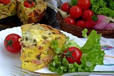 Retete Culinare - Budinca de paine, oua si sunca Baked Potato, Quiche, Potatoes, Eggs, Baking, Breakfast, Ethnic Recipes, Pie, Bread Making